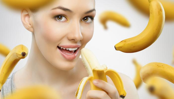 211-beauty1-use-bananas-to-keep-your-skin-glowing-and-healthy-at-all-times